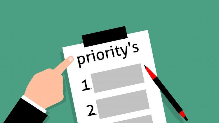 Cara Bagi Waktu Kuliah Kerja dengan Buat Negosiasi dan Skala Prioritas
